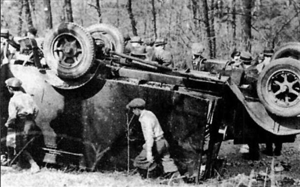 Robbery by landmine. The Brinks armoured truck Jawarski and his 'Flatheads' dynamited and looted of $104,000.