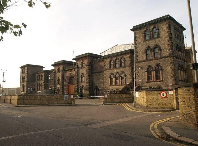 Wandsworth_Prison_-_geograph.org.uk_-_1030498